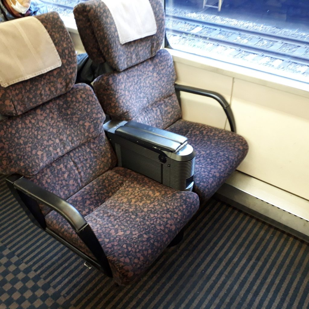 特急かもめ 787系 普通車 自由席 指定席