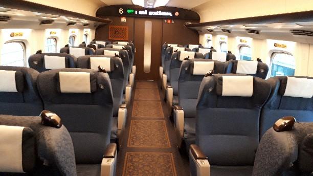 新幹線 みずほ号 さくら号 N700系7000番台、8000番台 グリーン車 車内