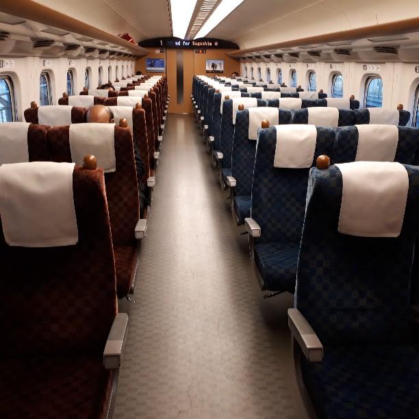 新幹線 みずほ号 さくら号 N700系7000番台、8000番台 普通車自由席 車内