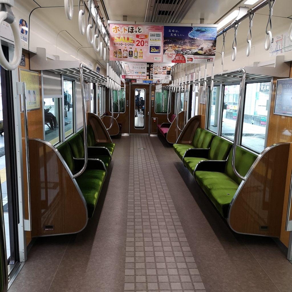 阪急神戸線特急 9000系 車内