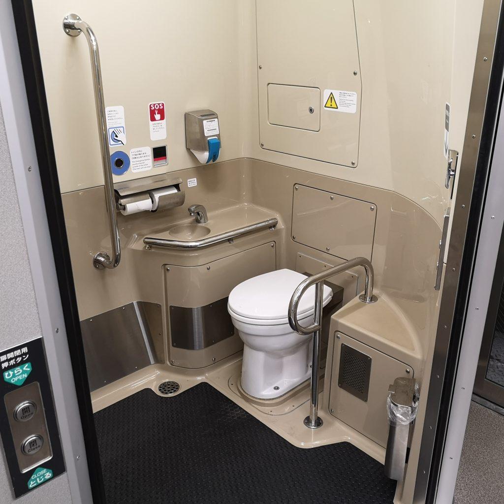 みやこ路快速 221系 お手洗い トイレ