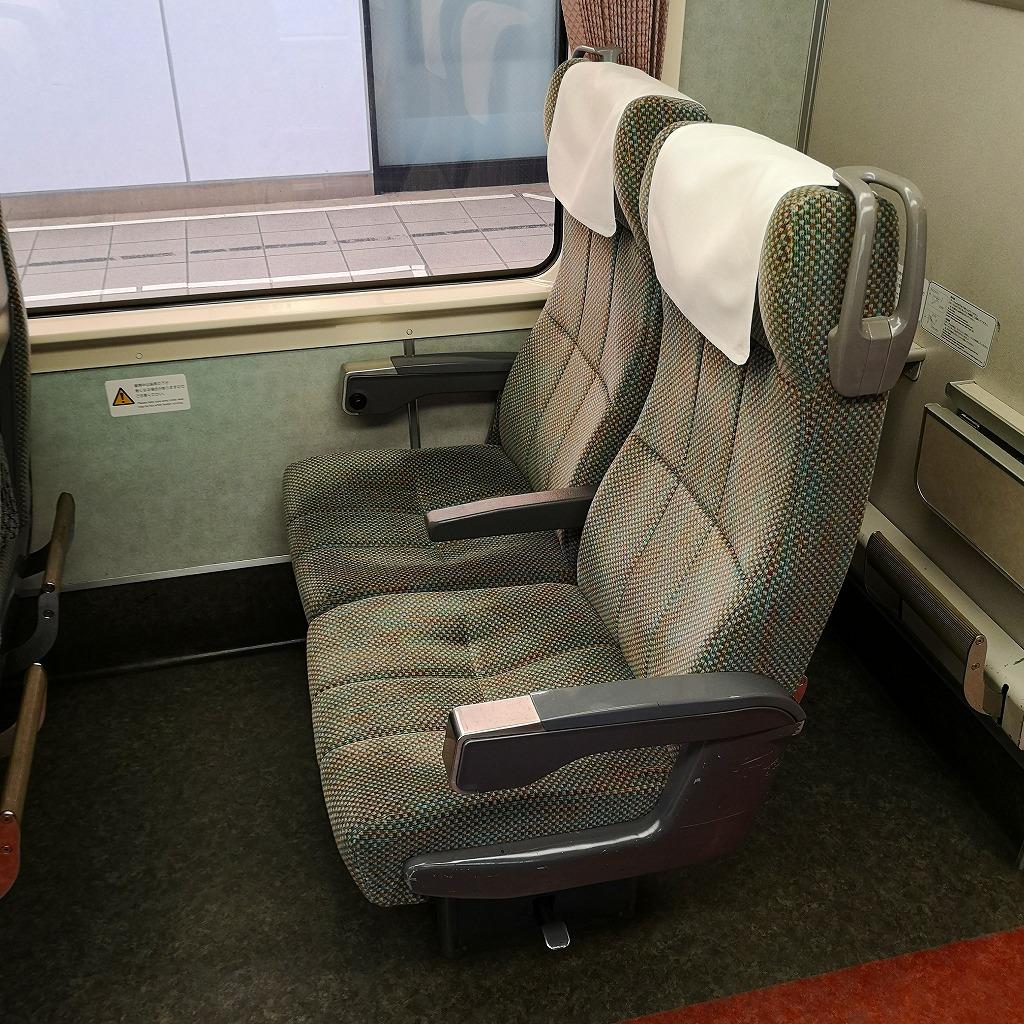 特急しなの 383系 普通車 座席 自由席 指定席