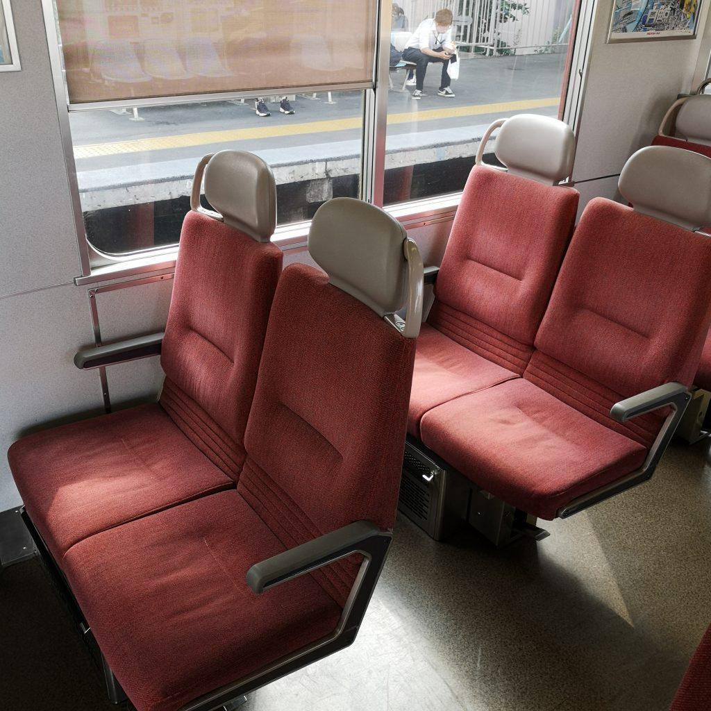 近鉄名古屋線急行 2610系 座席