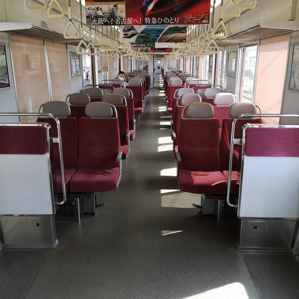 近鉄 大阪線急行 5800系 車内