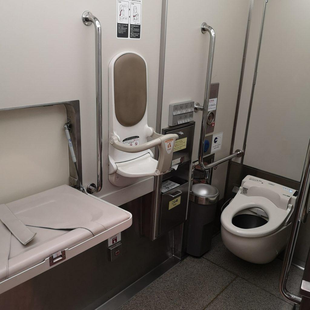 近鉄 南大阪線 吉野線 特急 16600系 多目的お手洗い 多目的トイレ