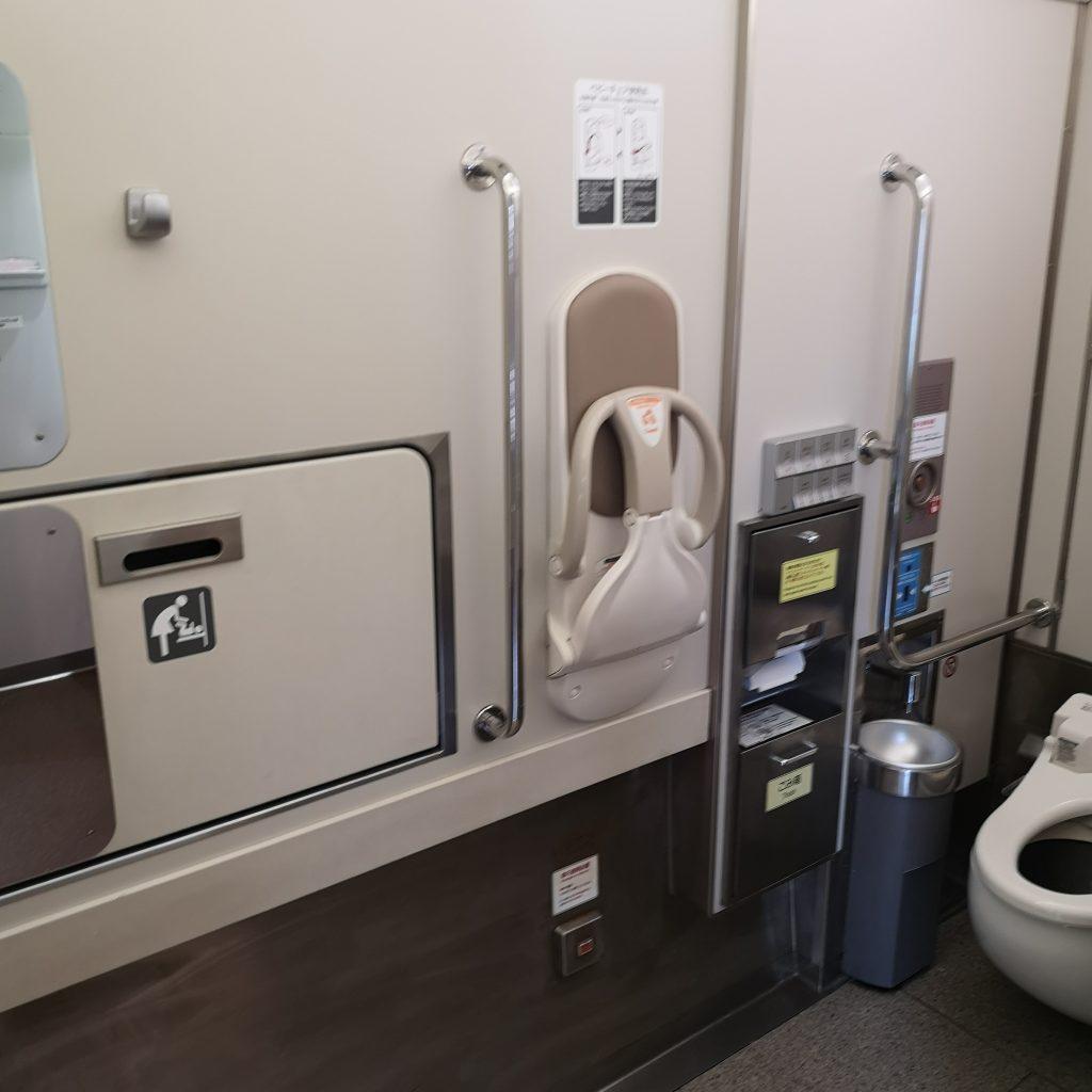 近鉄 阪伊特急 22600系 多目的お手洗い 多目的トイレ