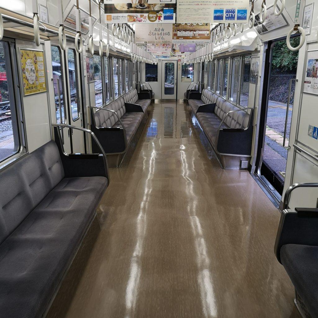 南海 天空 2000系 自由席車両