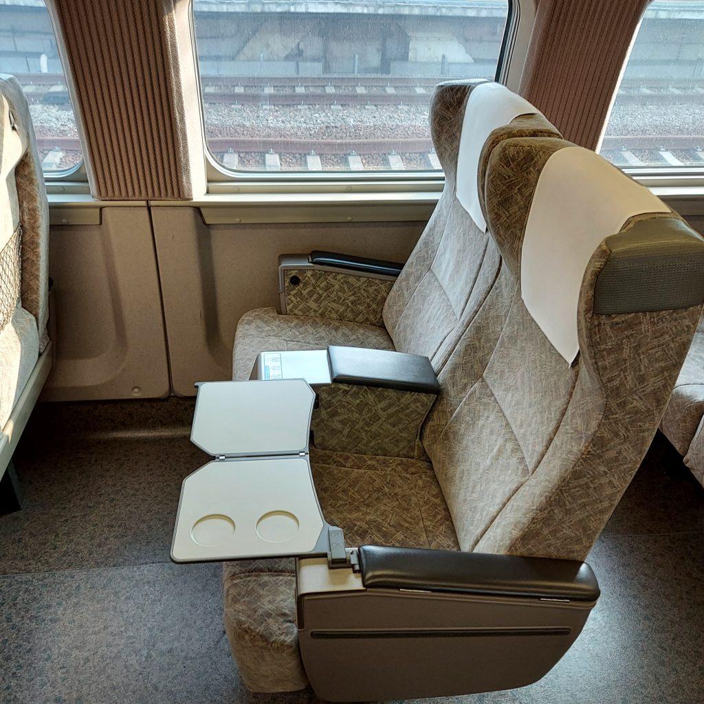 新幹線 500系 普通車 指定席 6号車 座席