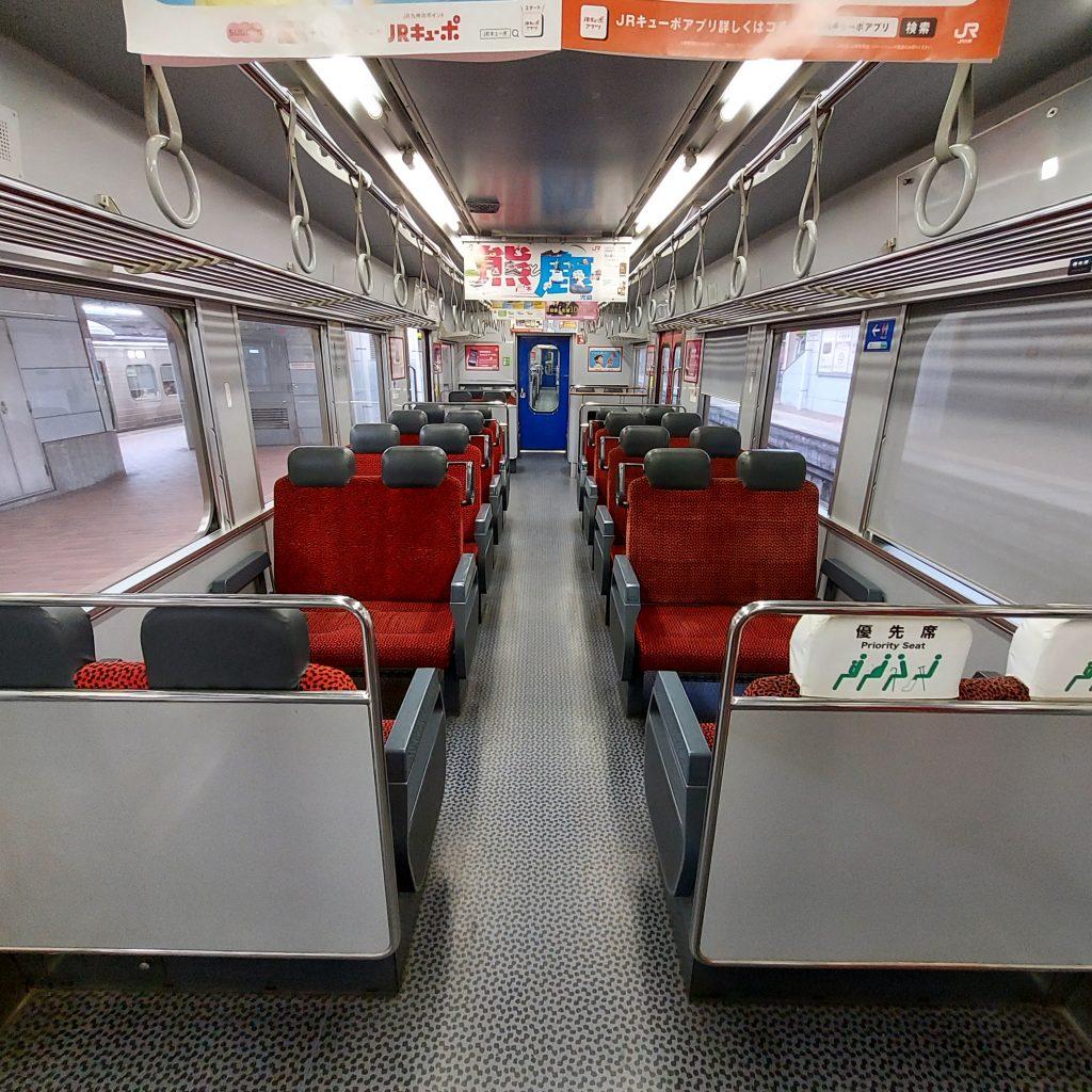 JR鹿児島本線快速 813系 車内 座席