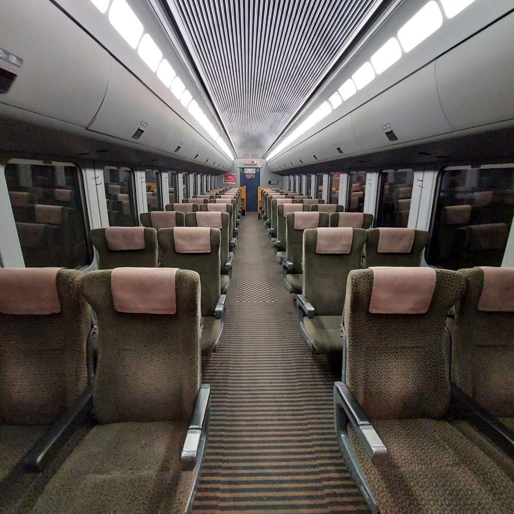 特急 きらめき 787系 普通車 自由席 指定席 車内