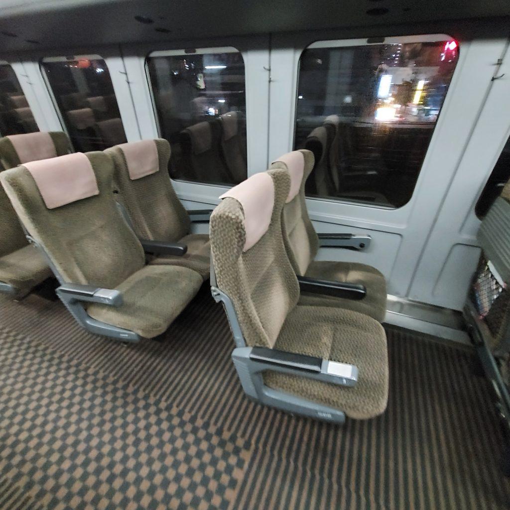 特急 きらめき 787系 普通車 自由席 指定席 座席