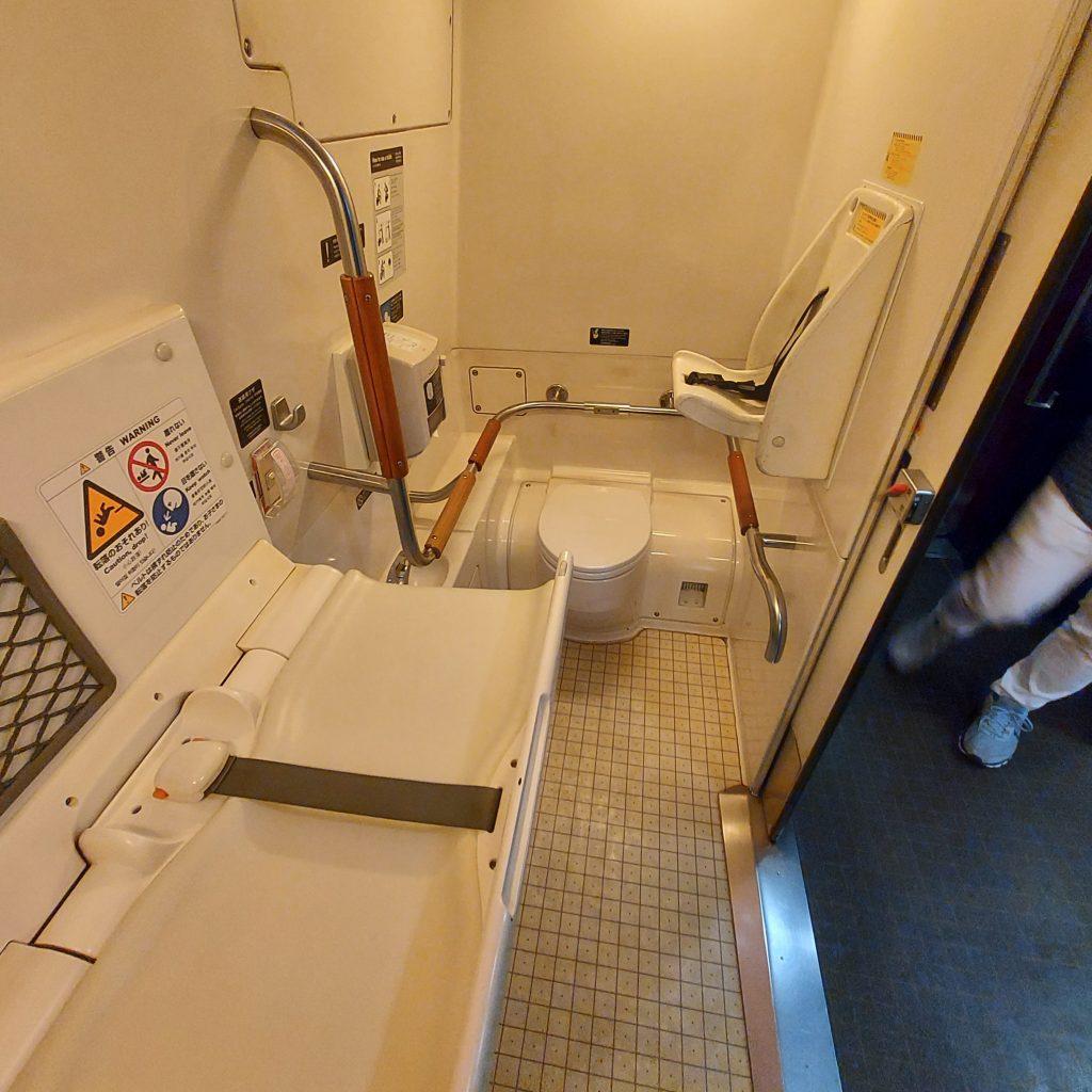 新幹線800系 多目的お手洗い 多目的トイレ