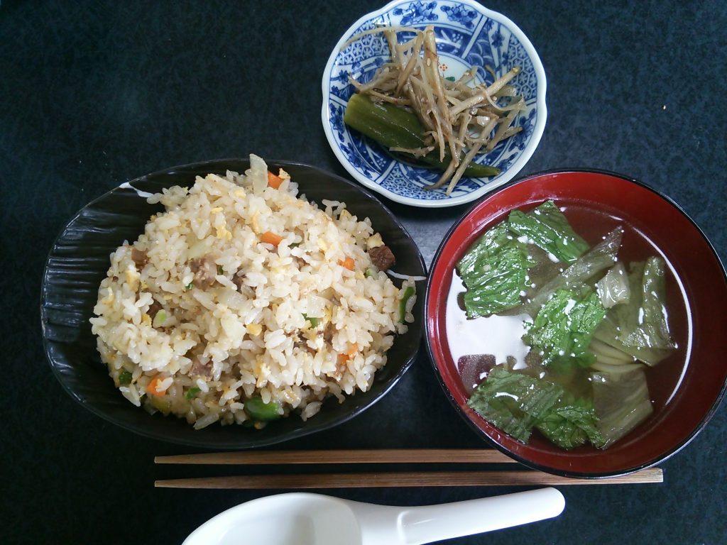 トカラ列島 平島 たいら荘 昼食